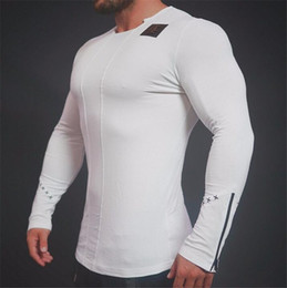 Wholesale 2017 high quality tight fitting seamless men quots T shirt fashion summer mens fitness T shirt athletic sports shirt
