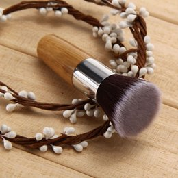 Wholesale High Quality Women Lady Flat Top Buffer Foundation Powder Blusher Face Brush Cosmetic Basic Tool Bamboo Handle Makeup Tools