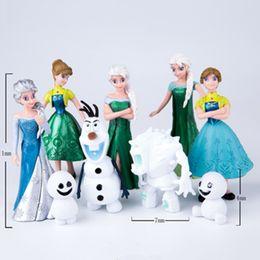 Película de acción en venta-La figura más nueva de la película de la historieta 9pcs / lot princesa linda Ana Elsa Figuras Hans Kristoff Sven Olaf Figuras de acción del PVC