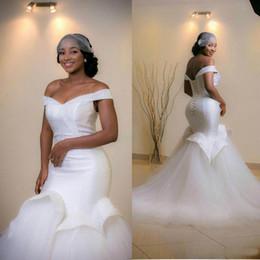 Wholesale Elegant Off Shoulder Mermaid Wedding Dresses Ruffle Sleeveless Beads Arab Bridal Dress Sweep Train Real Image Lace Up Wedding Gowns