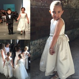 2016 White Communion Dresses Jewel Ankle Length Stain Flower Girls Dresses for Wedding Covered Button Beads Sashes Ribbon Girl Pageant Gowns