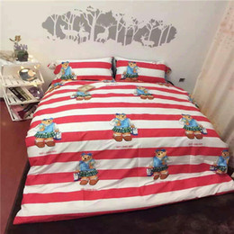 Wholesale DY ZM Red Color Stripe Bear Picture Home Bedding Sets For Children Bedding Set Cotton Cartoon Feel Comfort Baby Love