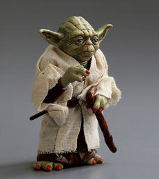 Promotion l'action de guerre Étoiles l'action de guerre chiffre jouets d'action Chevalier Jedi Maître Yoda PVC jouets 12cm gros Livraison gratuite