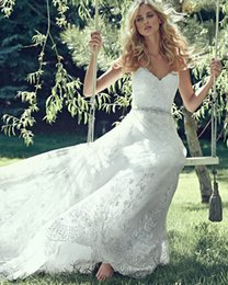 Wholesale Dreamy Lace And Tulle Combine To Create Elegant Ball Gown Wedding Dresses with Romantic Sweetheart Neck Delicate Crystals Belt