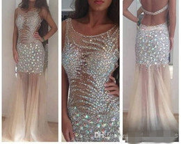 2019 Fashion Sheer Prom Dresses Backless Scoop Neck Rhinestones Crystals Beads Tulle Floor Length Sheath Party Gowns Custom Made