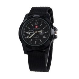 Reloj militar suizo de lujo Reloj analógico SWISS ARMY logo Nylon band Relojes TRENDY SPORT MILITARY Reloj de pulsera para hombre reloj 6 color desde reloj del ejército suizo deporte militar fabricantes