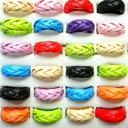Wholesale Fashion Multicolor Hand made Weave Ribbon Braided Wood Rings for Women Jewelry Bulk Girls LR002