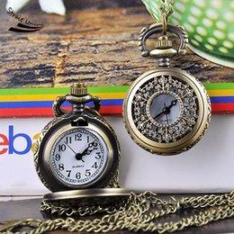 2016 hotsell buena calidad de Steampunk de cuarzo reloj de bolsillo deja huecos estilo collar de bronce colgante de la vendimia hombres y mujeres de la cadena del reloj desde mujer del reloj del collar fabricantes