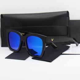 Wholesale 2016 luxury brand designer gentle monster woman sunglasses with original box logo fashion polarizing sunglasses for men black frame colors