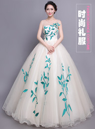 100%real leaf vine wood fairy carnival ball gown medieval Renaissance Gown queen dress cosplay stage solo studio photo shooting belle ball