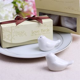 Wholesale Best selling sets Love Birds In The Window Ceramic Salt and Pepper Shakers Wedding Favor Love Bird Salt Pepper Shakers