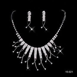 Wholesale Hot Sale Holy Rhinestone Crystal Flower Earring Necklace Set Bridal Party Lobster Clasp Cheap Jewel Sets for Prom Evening Women
