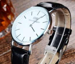 Wholesale Ultra thin nylon DW hot style belt strap watch Gold and silver leather men s watch AAS