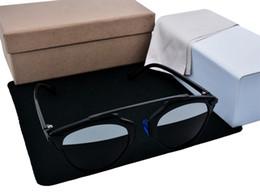 Wholesale NEW Brand design polarization sunglasses UV400 glasses women sunglasses Brand oculos de sol feminino Mens luxury brands With original box