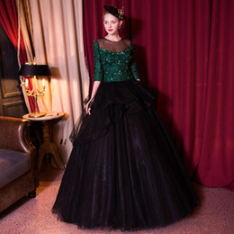 luxury black veil ball gown green lace embroidery beading medieval Renaissance Gown queen Dress Victoria Marie Antoinette Belle