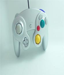 Descuento extensión del controlador Controlador de juegos NGC Juego de juegos por cable Gamepad para NGC Consola Nintendo GameCube Wii U Cable de extensión Cable Q2 Controladores de juegos