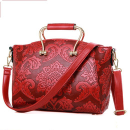 Wholesale New simple embossed shoulder bags handbags lady woman classic fashion bags desinger purses handbags vintage flower hot sale