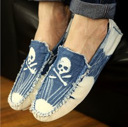 European Style Men Canvas Loafers Shoes Slip On Skull Pattern Male Summer Driving Flat Shoes