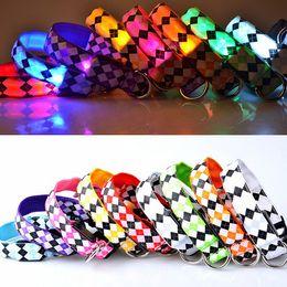 7 Colors LED Dog Collar Night Safety Flashing Glow Pet Dog Cat Nylon Light Up Collar