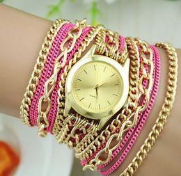 Descuento los mejores relojes de moda de calidad Relojes de pulsera baratos del viento de la nación de la vendimia de la manera de cadena larga de lujo relojes superventas de la venta de la alta calidad del reloj de cuarzo del estilo