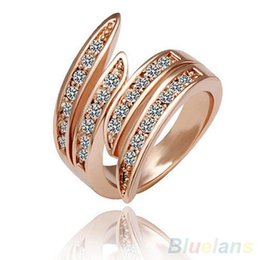 Party Jewelry Wedding rings for women 9K Rose Gold Plated Rhinestone Crystal Ring 08TK