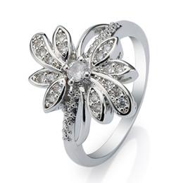 New Women's elegant Bridal Ring 18k White Gold Plated Flower Charm Ring Settling Rhinestone Wedding Anniversary Gift