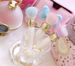LADUREE Les Merveilleuses Makeup Brushes 3 style face cosmetics blending powder blush Foundation contour make up Brush.