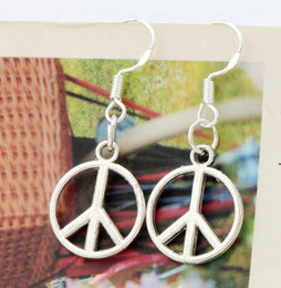 Wholesale 2016 hot x14 mm Antique Silver Peace Sign Charm Earrings Silver Fish Ear Hook Chandelier E303