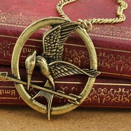 Wholesale New Fashion Death Game Hunger Games Laugh At The Bird Appropriate A Bird Necklace Retro Necklace Sweater Necklace