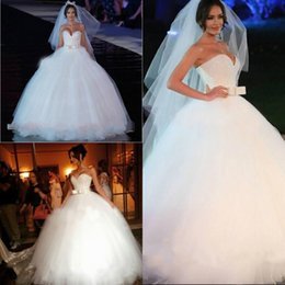 Wholesale Sparkly Ball Gown Wedding Dresses Princess Corset Sexy Sweetheart Big Puffy Tulle Sequins Bow Arabic Bridal Gowns Lace up Victorian Ho