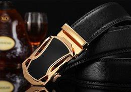 Ceintures Grossistes Nouveau Mode Hommes Business Ceintures Belt Jewelry Big Buckle Ceintures en cuir véritable pour hommes ceinture à partir de grossiste pour les boucles de ceinture fournisseurs