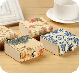 Wholesale Hanky Set New Chic Ring Necklace Earrings Bamboo Wooden Case Jewelry Storage Boxes Gift Box Decorative Storage Box Bamboo Weaving Bins