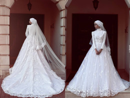 Wholesale Muslim Lace Wedding Dresses With High Neck Count Train Long Sleeves Wedding Dress Zipper Back African Dubai White Vestidos Bridal Gowns