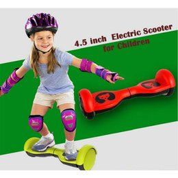 Wholesale Stock In US Inch Mini Scooter Bear Balance Wheels Scooter Kids Children Balance Scooter