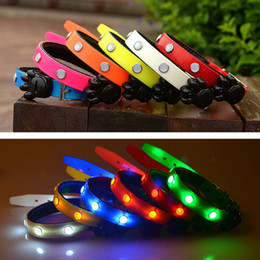 Premium Adjustable Dog Collar TPU Gem LED Light Flashing Glow Luminous Pet Dog Cat Puppy Night Safety Collar Necklace S M L