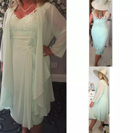 2017 A Line Sage Green Mother Of Bride Dresses Knee Length Lace Mothers Dress Cheap Mother's Groom Gowns With Jacket