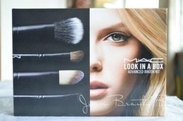 Wholesale Look in A Box M Advanced Brush Kit Brush With Leather pouch Basic Brush Kit With Bag Limited New IN bOX DHL Free