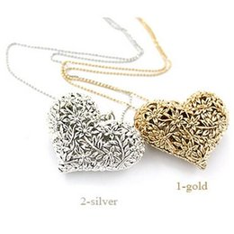 Wholesale 2016 New Popular High end Jewelry Necklace Antique Silver Heart Pendant Necklace Love hollow carved necklace Sweater chain