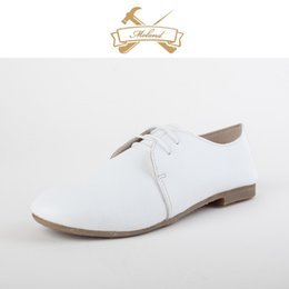 Wholesale New simple classical genuine cow leather young girl flat shoes nature leather soft flexible lady shoes
