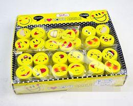 Enfants mignons effaceurs en Ligne-Lovely smile face Emoji Eraser Cute Rubber Correction Pencil Erasers Student Papeterie Fournitures scolaires Promotion de cadeaux pour enfants