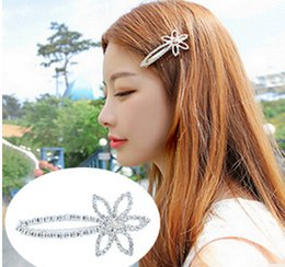 6.5cm gold silver rhinestone hair clips hair jelwery hairpins Sweet fashion Flower Butterfly hairpin Duckbill clip hollow flower hairpins