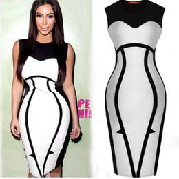Promotion robes moulantes kardashian chaud New Design 2016 robe de soirée Kardashian Party Celebrity robe noire et blanche ras du cou à manches gaine Mode féminine Bandage Dress