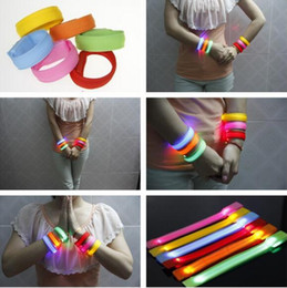 22cm Nylon Band LED Lights Flashing Arm Band Wrist Strap Armband light for Outdoor Sports Safety Activity Party Club Cheer Night Light