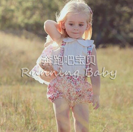 Wholesale INS baby outfits toddler kids doll lapel white vest tops floral print suspender shorts Bows headbands sets babies clothes A8300