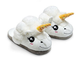 Wholesale New Cartoon Plush Unicorn Slippers For Grown Ups Cosplay Chinelo Dreamy White Despicable Me Minions Indoor Slipper For Adult For DHL
