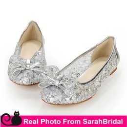 Wholesale Lace Wedding Flats For Bride - Custom Made Cheap Silver Bridal Shoes for Bride Bridesmaid Party Women's Wedding Evening Pageant Ballet Ballerina Flat Comfy Dress Shoes