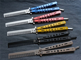 Wholesale Comb American Butterfly Knife Training Flail Practice Tools Knife Blade Is Not Open All Stainless Steel Metallic Barber Scissors Blue Red