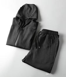 2018 new come mens new luxury designer tracksuits~men tops cotton   linen fabric tracksuit sweatsuit~mens training jogging sweat track suits