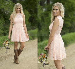 2019 Light Blush Lace Short Country Bridesmaid Dresses High Neck Sleeveless Open Back Knee Length Bridesmaids Gowns Party Dress