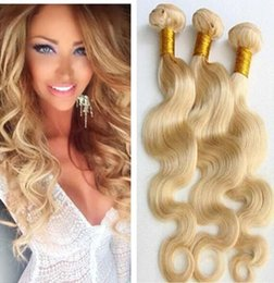 Peut teindre remy extensions de cheveux à vendre-Ongles remy blonds de corps de trame de cheveux humains 3bundles extensions virginales indiennes peruaniennes brésiliennes # 613 de cheveux humains Peut être teint